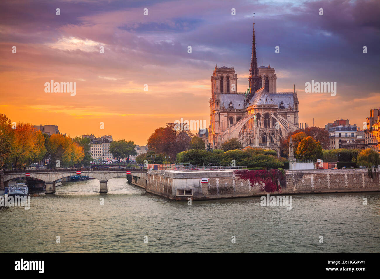 Paris. Cityscape image of Paris, France with the Notre Dame Cathedral during sunset. - Stock Image
