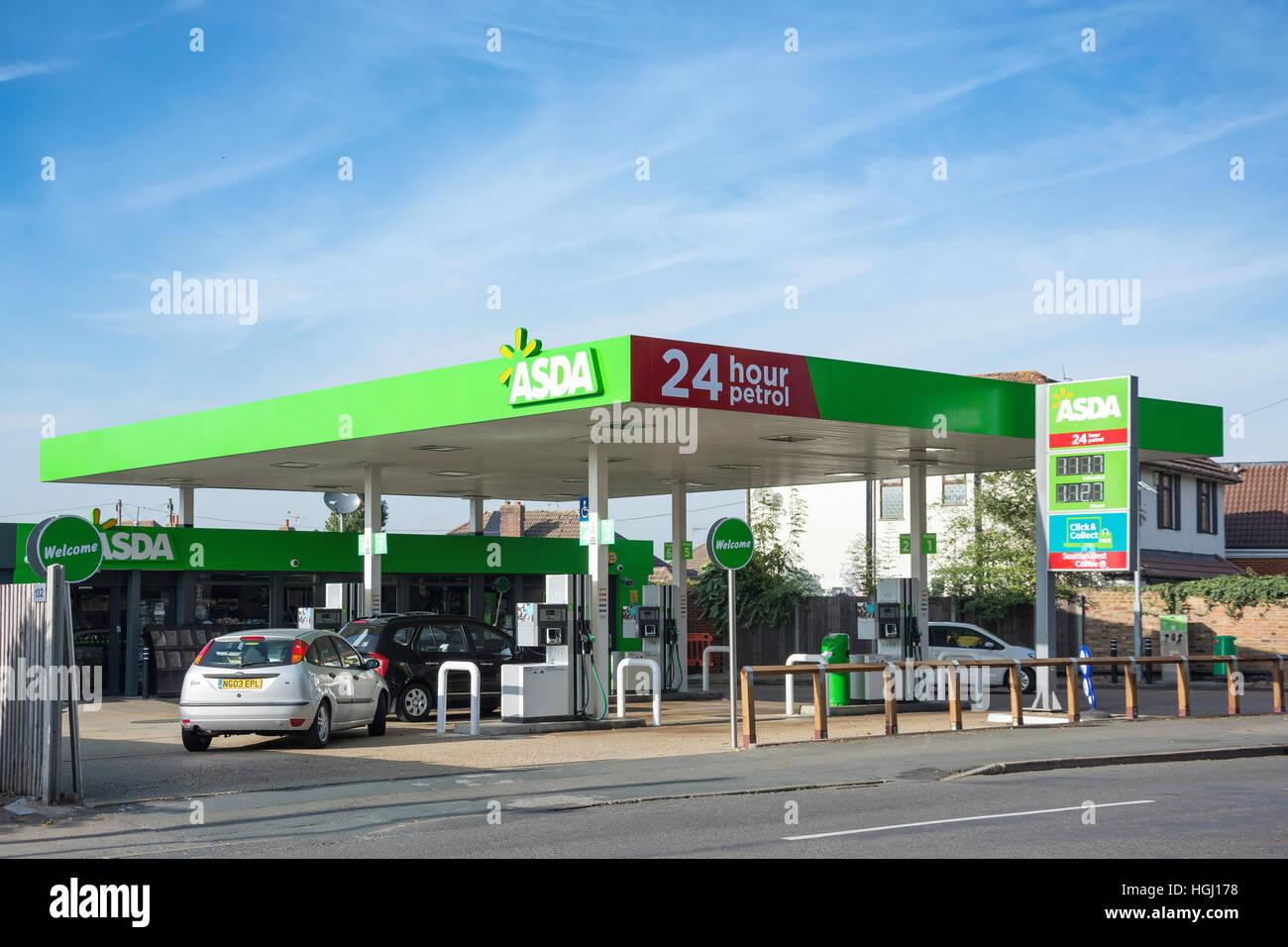 ASDA 24 hour petrol station, Chertsey Lane, Egham Hythe, Surrey, England, United Kingdom - Stock Image
