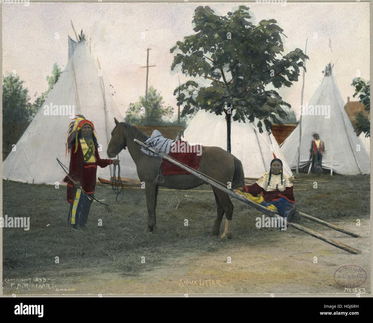 Sioux Litter   - 1898 Indian Congress - Photo : Frank A. Rinehart - Stock Image