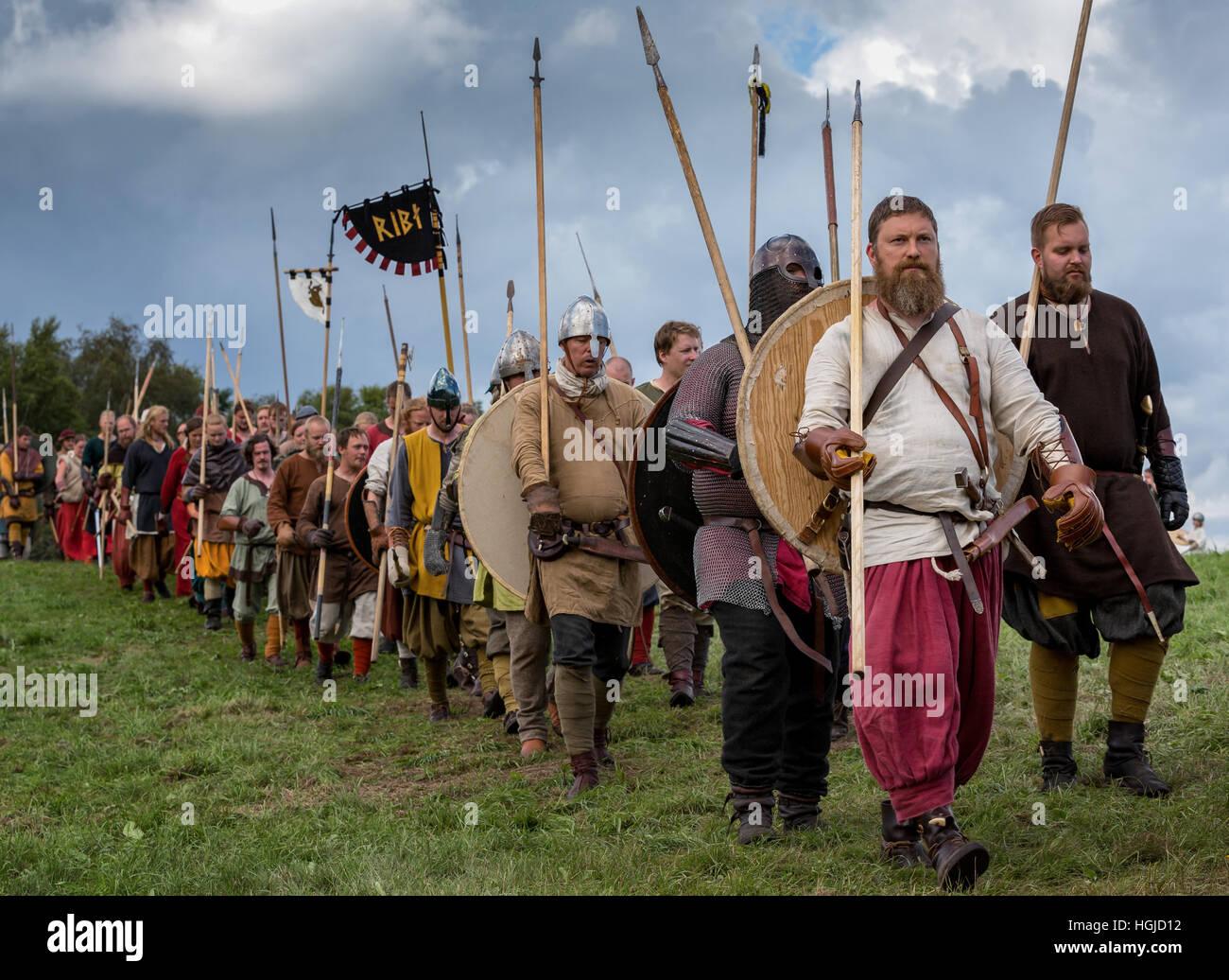 People dresses as vikings preparing for battle, Moesgaard, Århus, Denmark - Stock Image