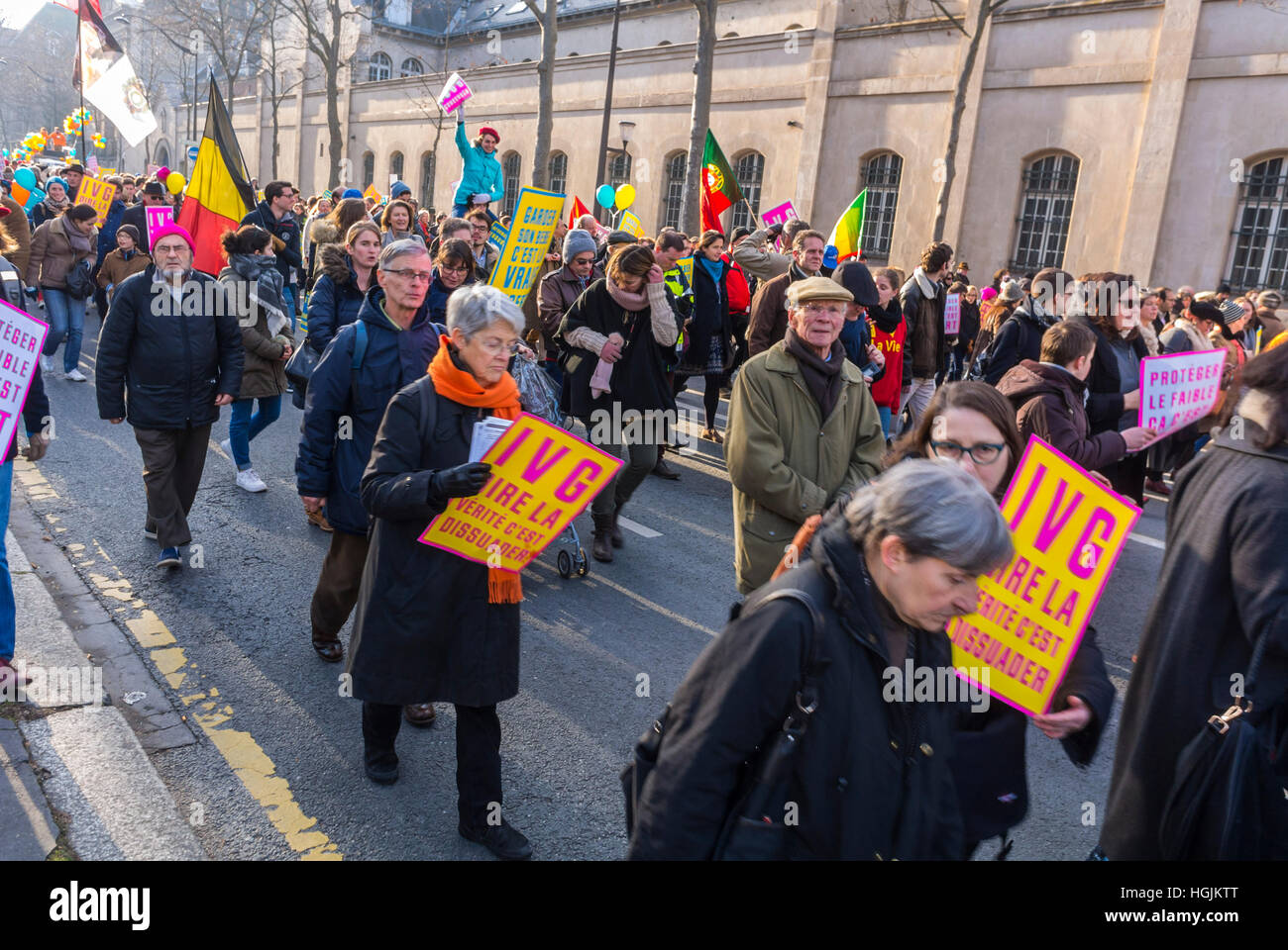 Crowd of French People, Marching in Protest Against Legal Abortion, 'Marche Pour la Vie'      'Tens - Stock Image
