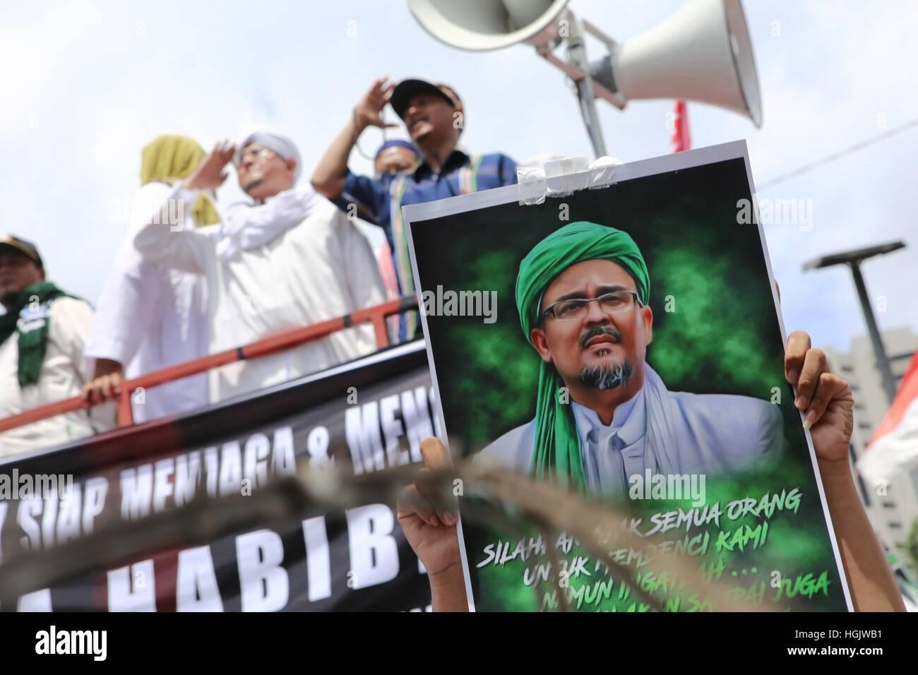Jakarta Indonesia 23rd Jan 2017 Habib Rizieq Shihab Meets The Stock Photo Alamy