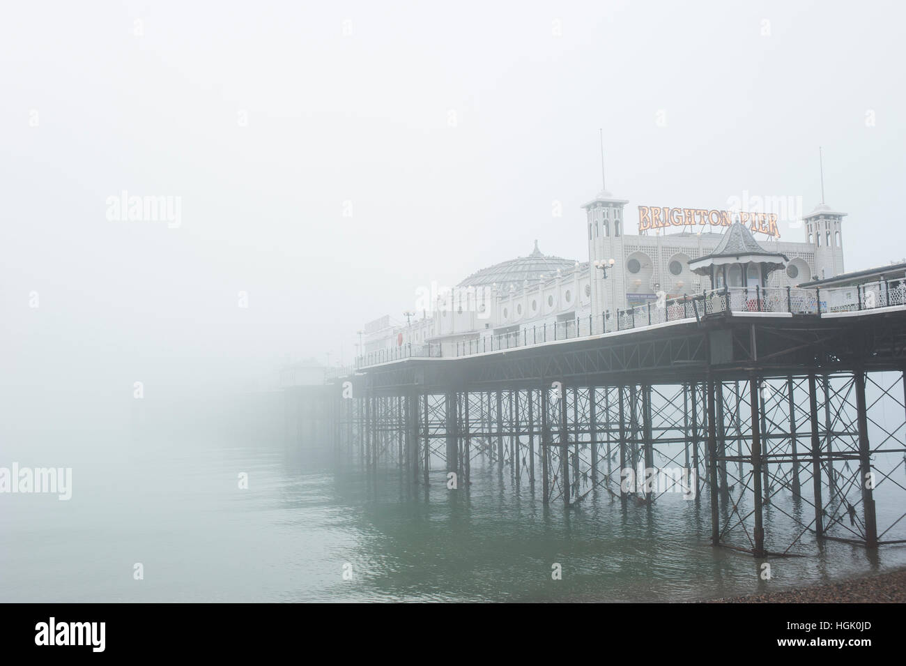 Brighton, East Sussex, UK. 23rd January 2017. UK Weather. Freezing fog and extremely poor visibility persists throughout Stock Photo