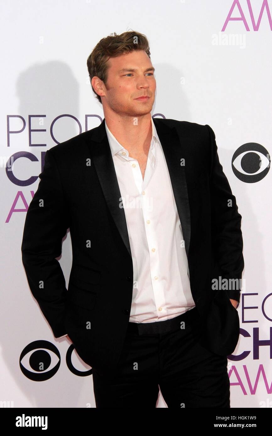 Los Angeles, CA, USA. 18th Jan, 2017. Derek Thaler at arrivals for People's Choice Awards 2017 - Arrivals, Microsoft - Stock Image