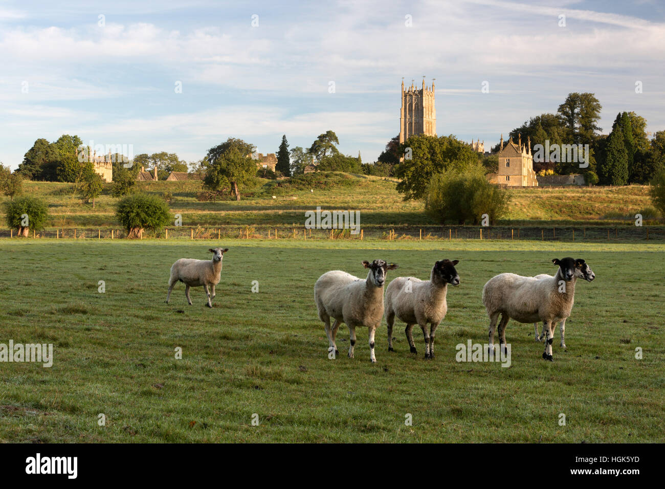 St James church and Campden House banqueting houses, Chipping Campden, Cotswolds, Gloucestershire, England, United - Stock Image