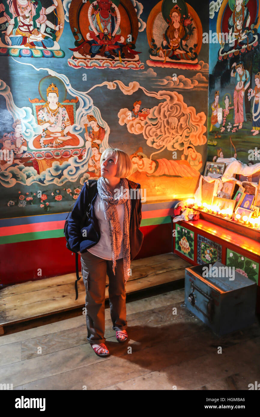 Weston tourist in Buddhist temple Manali northern india - Stock Image