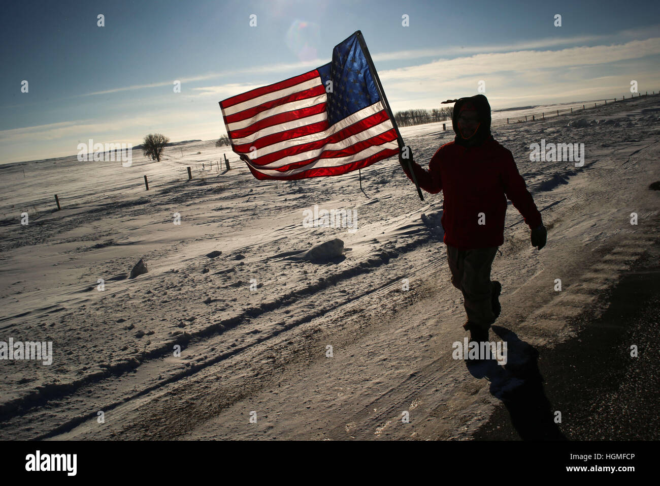 Solen, North Dakota, USA. 10th Jan, 2017. RICKY MCKENZIE SR. of the Woodland Cree First Nation walks along Highway - Stock Image