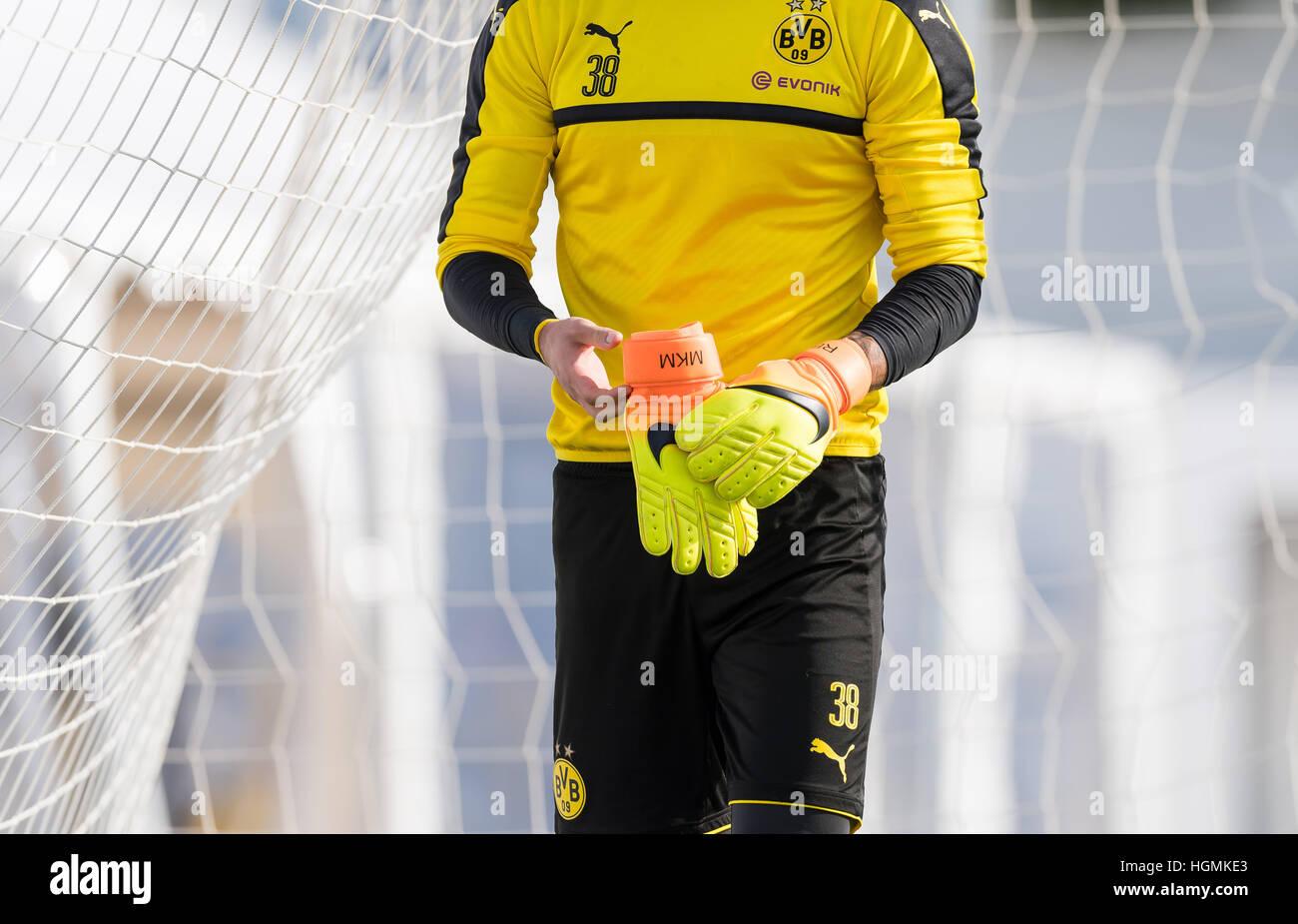 reputable site e3a0c 44978 Marbella, Spain. 11th Jan, 2017. Dortmund goalkeeper Roman ...