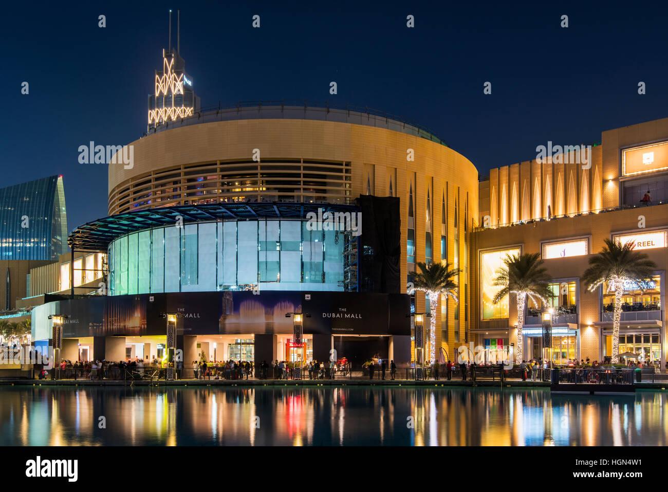 Night view of Dubai Mall, Dubai, United Arab Emirates - Stock Image