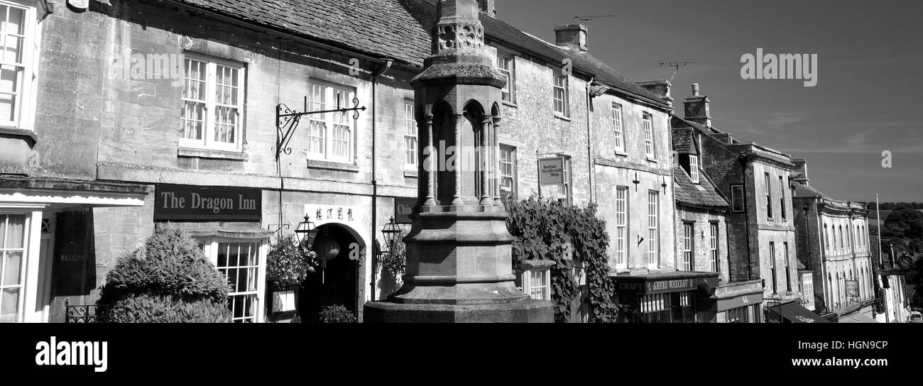 Street Scene, Burford town, Oxfordshire Cotswolds, England, UK - Stock Image