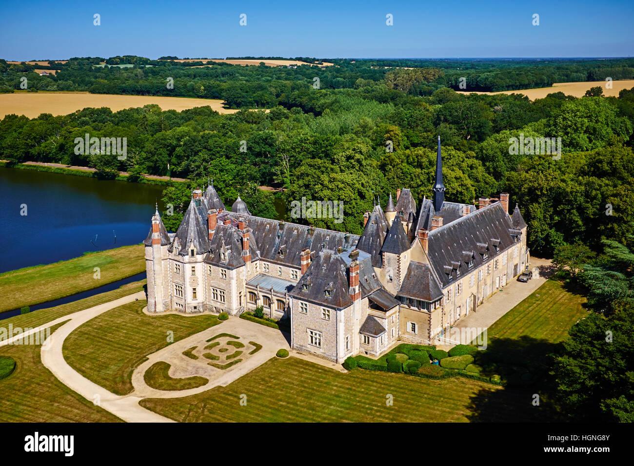 France, Cher (18), Berry, the Jacques Coeur road, chateau de la Verrerie castle, aerial view - Stock Image