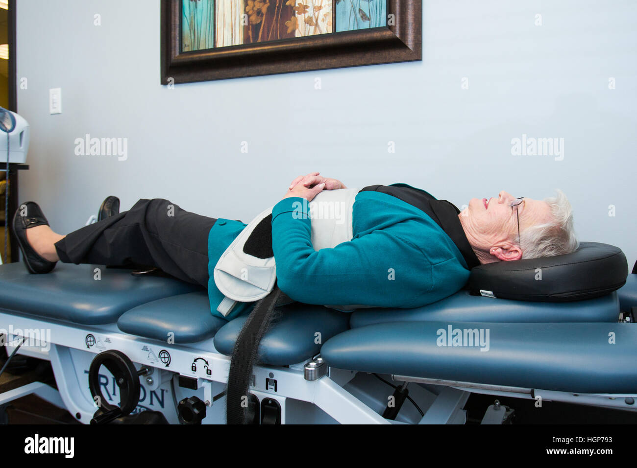 Spinal decompression therapy, decompression table - Stock Image
