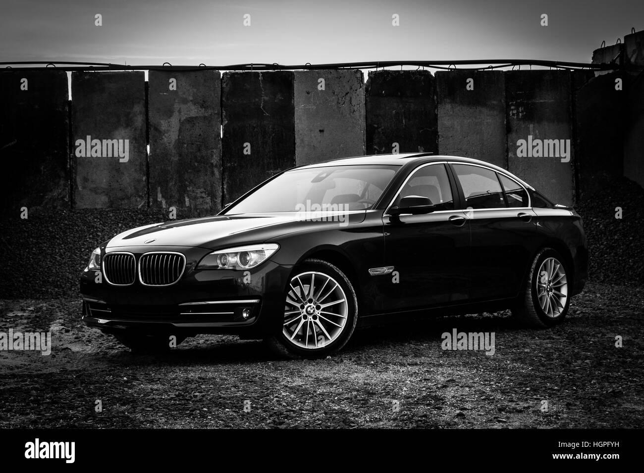 BMW 7 Series 750i 750d Xdrive F01 LCI Wallpaper Background