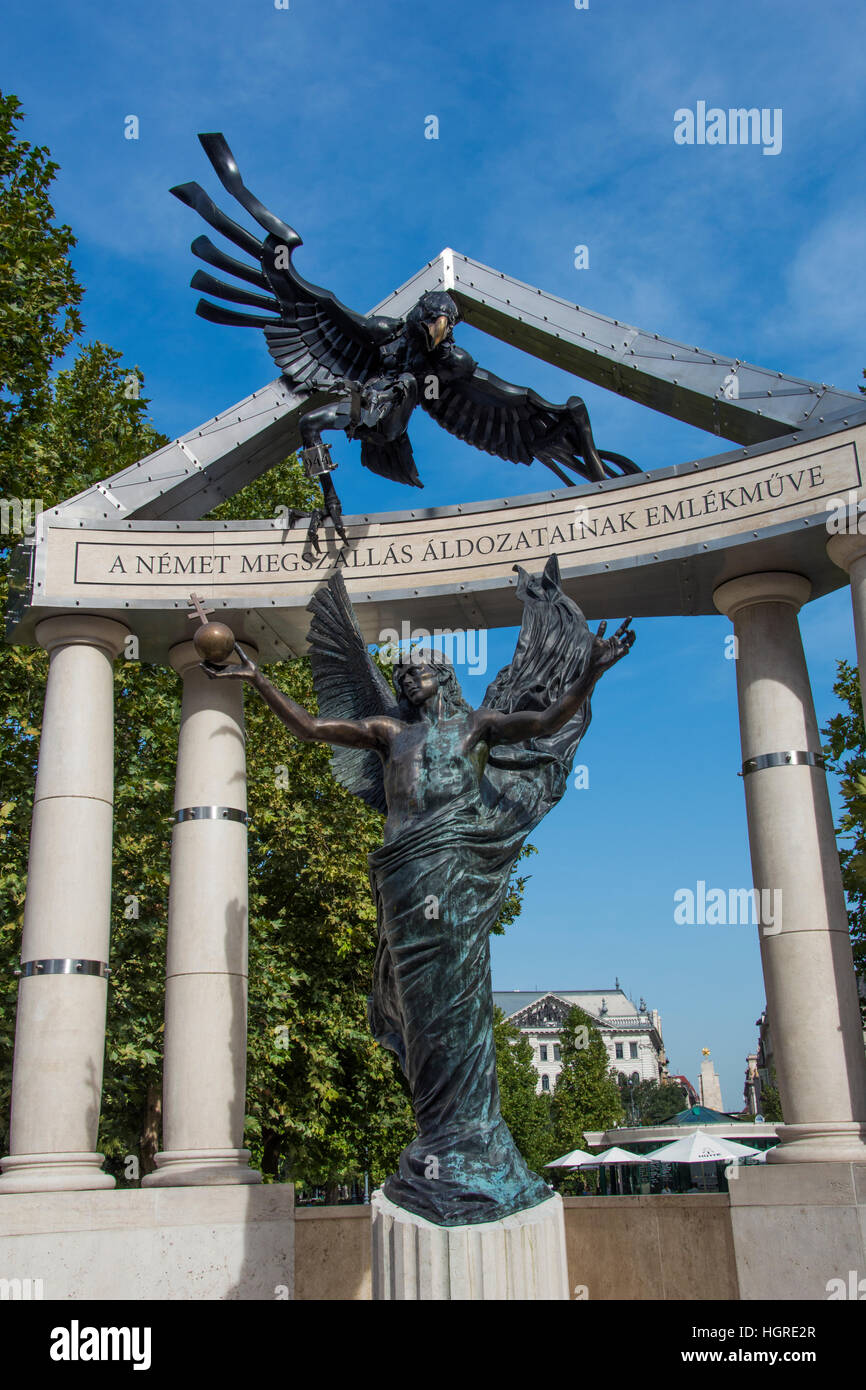 Monument to Hungarian Victims of the Nazis Stock Photo