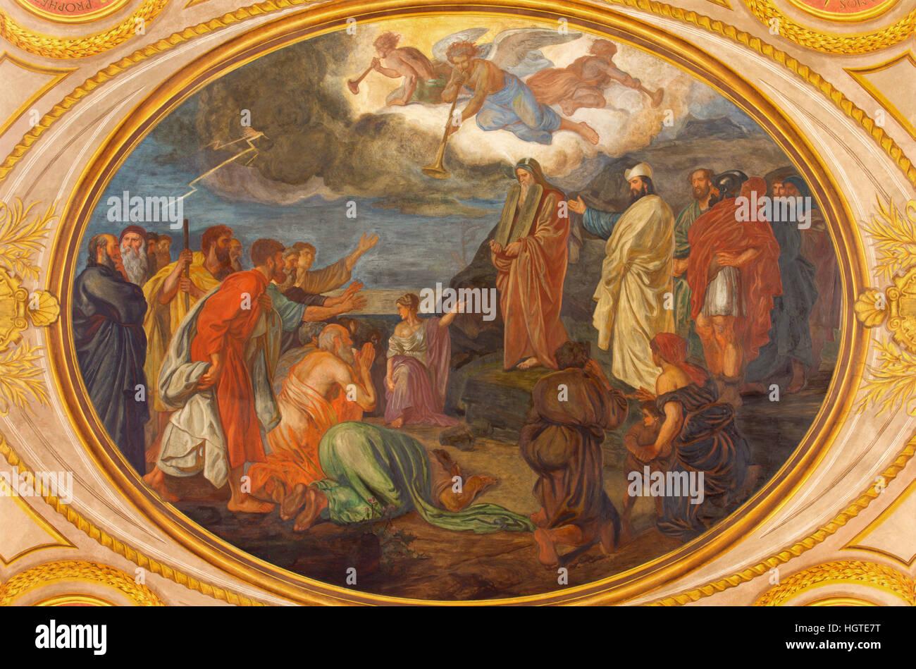 VIENNA, AUSTRIA - DECEMBER 19, 2016: Moses on the Mount Sinai fresco in church Kirche St. Laurenz (Schottenfelder - Stock Image