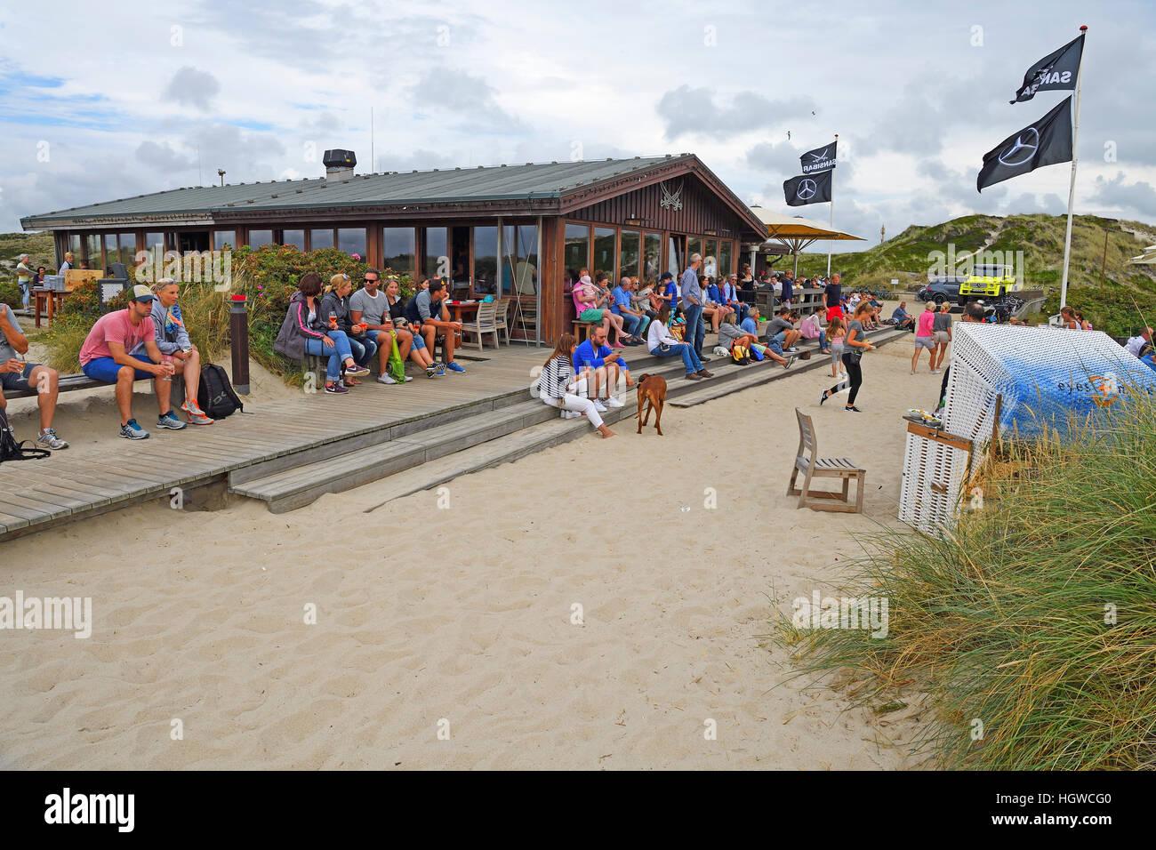 Kultrestaurant Sansibar in den Duenen von Rantum, Sylt, nordfriesische Inseln, Nordfriesland, Schleswig-Holstein, - Stock Image