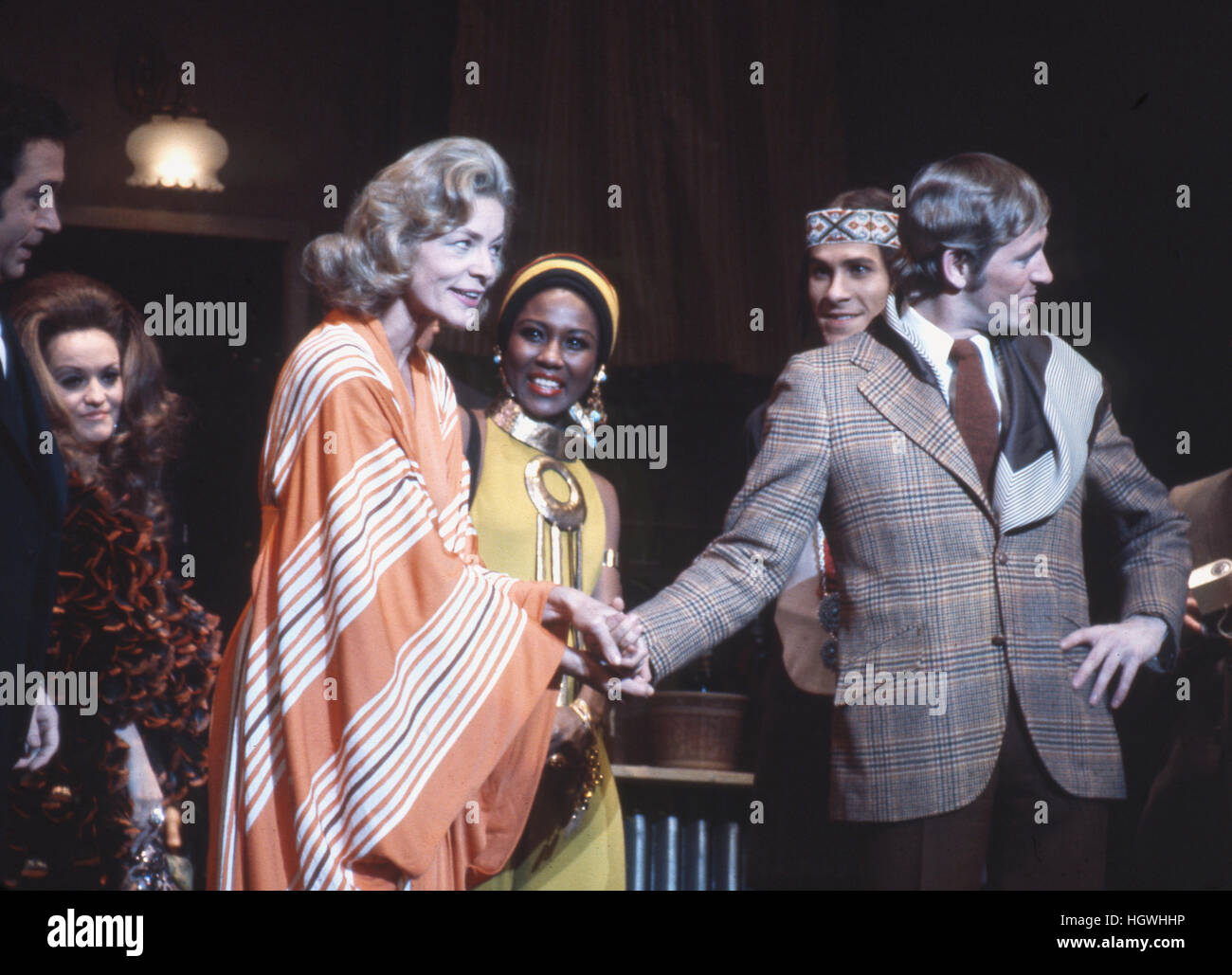 Len Cariou (right side, wearing jacket) and Lauren Bacall, on stage in the 1970 Broadway musical Applause. - Stock Image