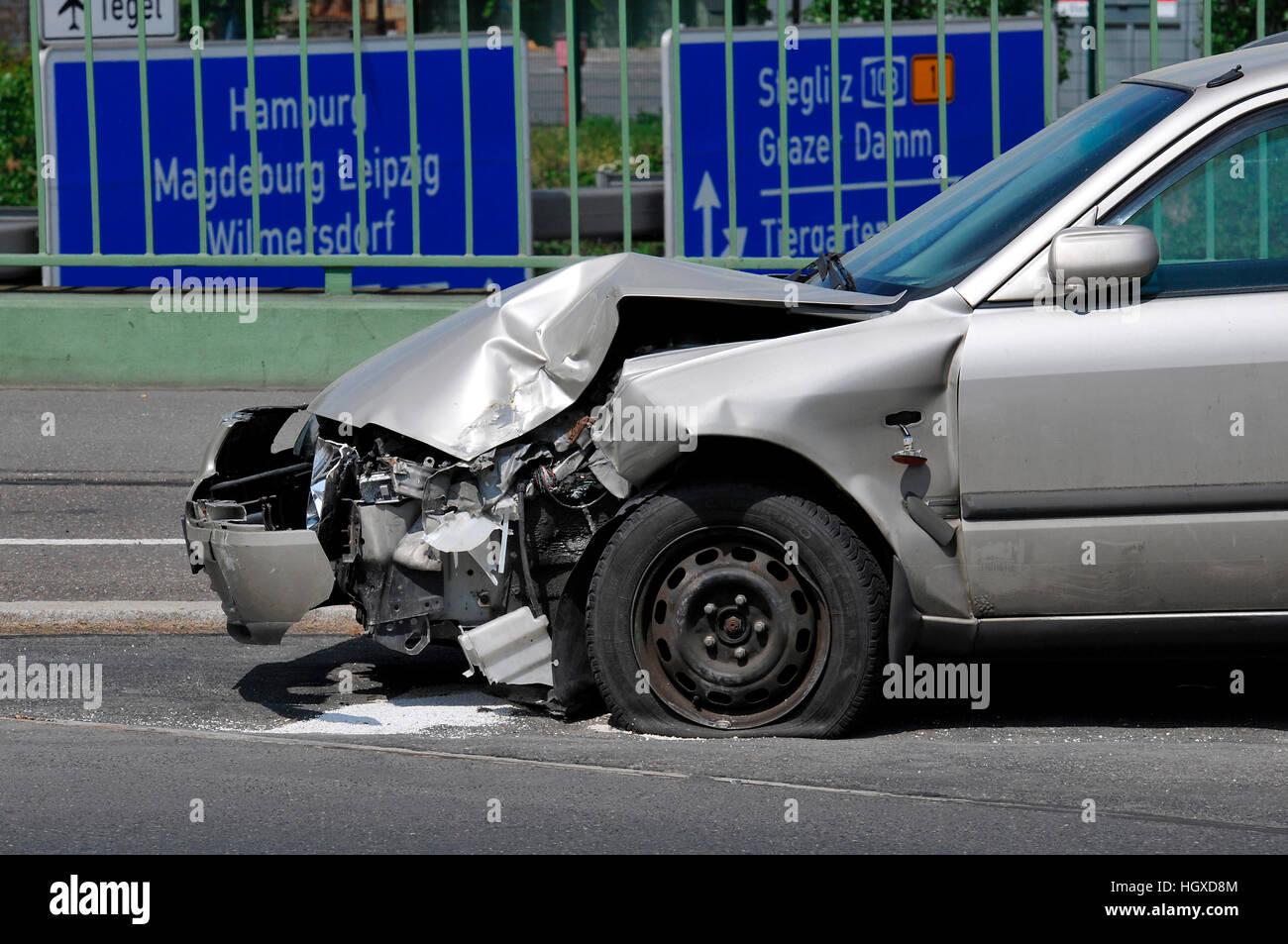 Autounfall, Vorarlberger Damm, Schoeneberg, Berlin, Deutschland ...