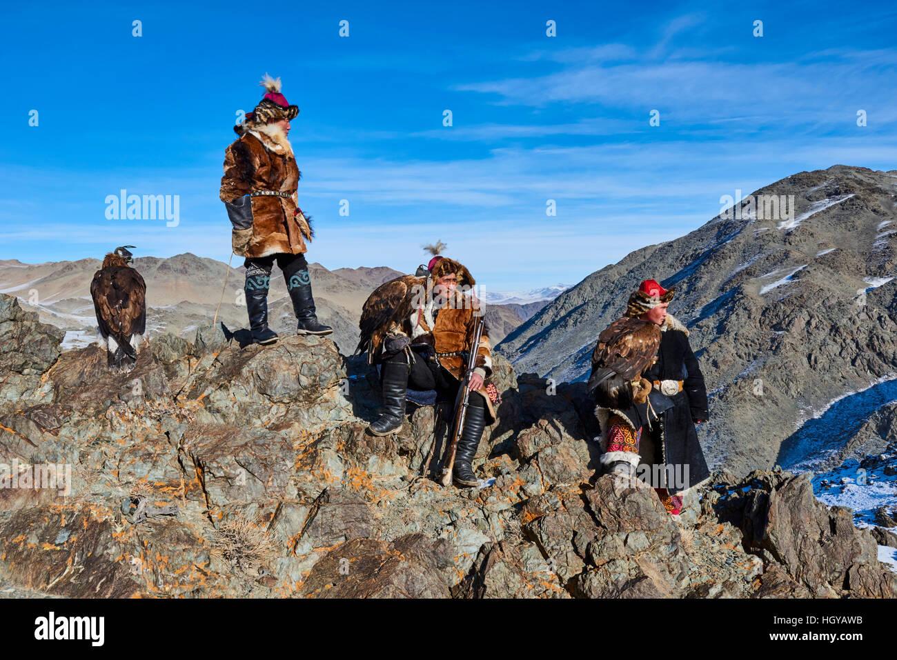 Mongolia, Bayan Olgii, kazakh eagle hunter, Eagle hunting, golden eagle Stock Photo