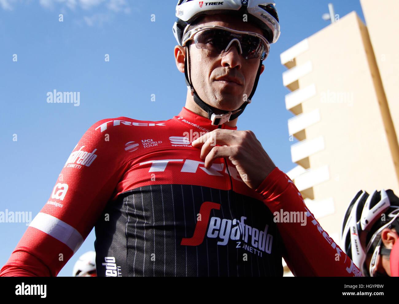 e890e4a6f Spanish Cyclist Alberto Contador Stock Photos   Spanish Cyclist ...