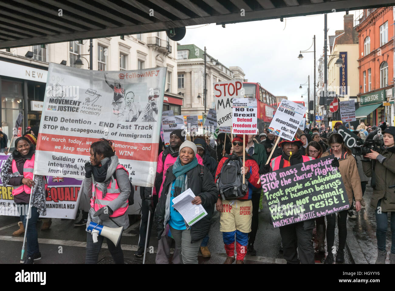 London, UK. 14th January 2017. Movement for Justice lead a march through Brixton communities building the fight - Stock Image