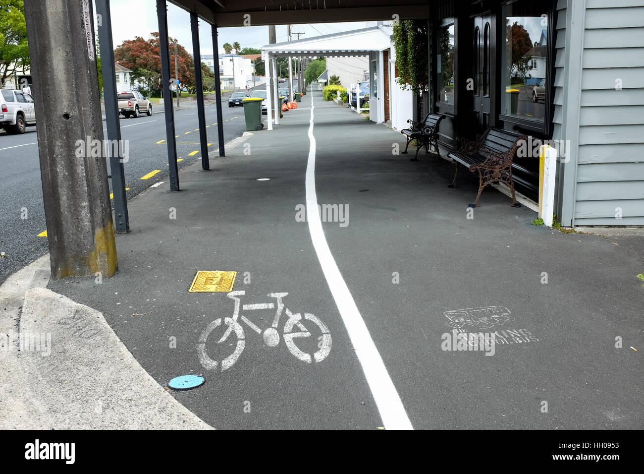 A cycle path in Devonport, a suburb of Auckland, New Zealand. - Stock Image