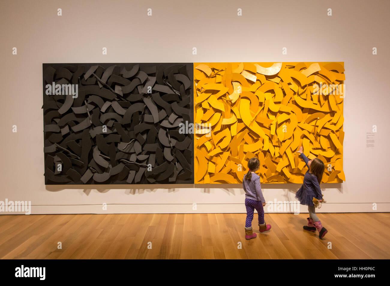 children inside art gallery kids girls - Stock Image