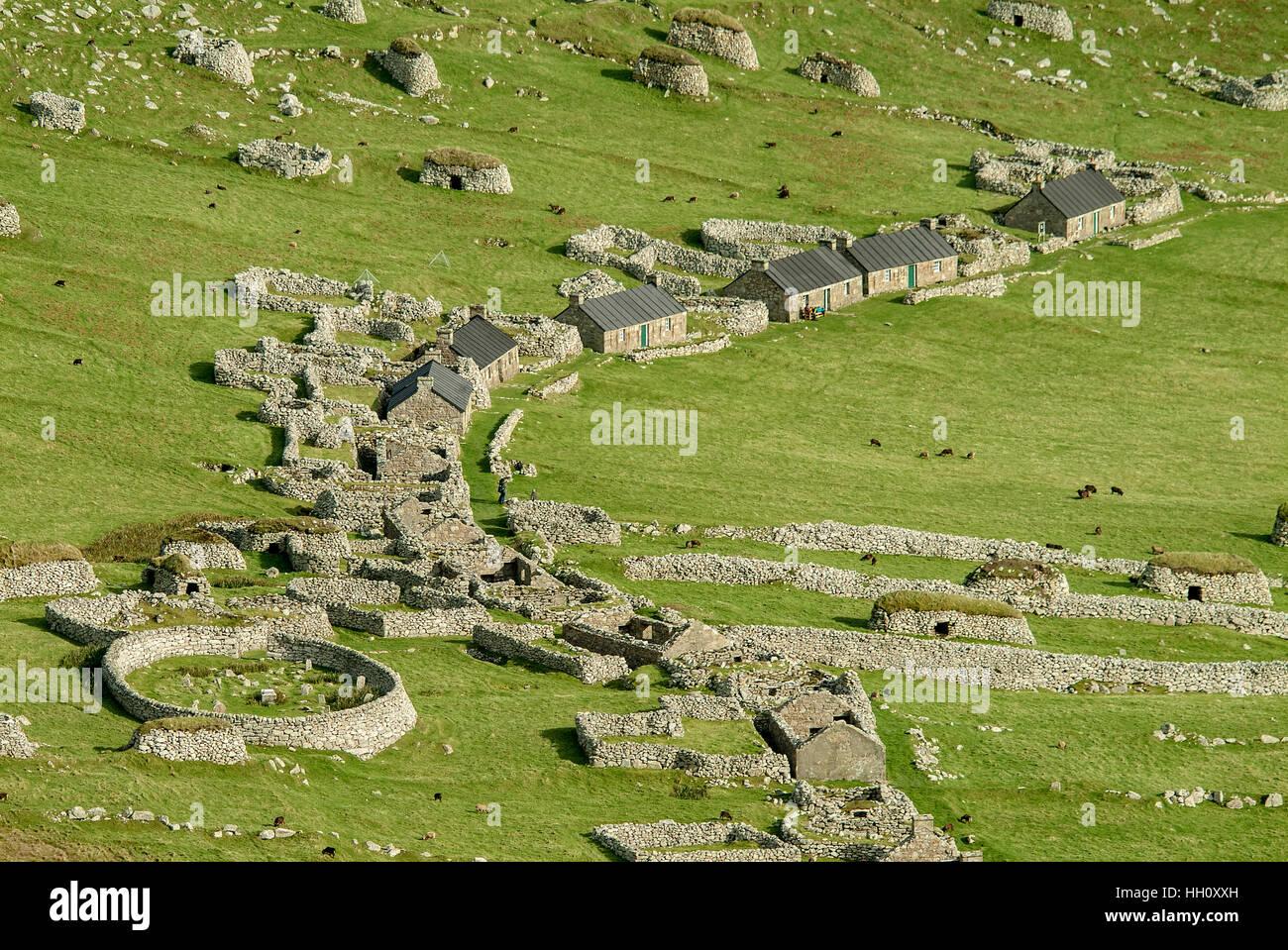 Aerial view of Hirta village street and circular graveyard, St.Kilda, Outer Hebrides, Scotland UK - Stock Image