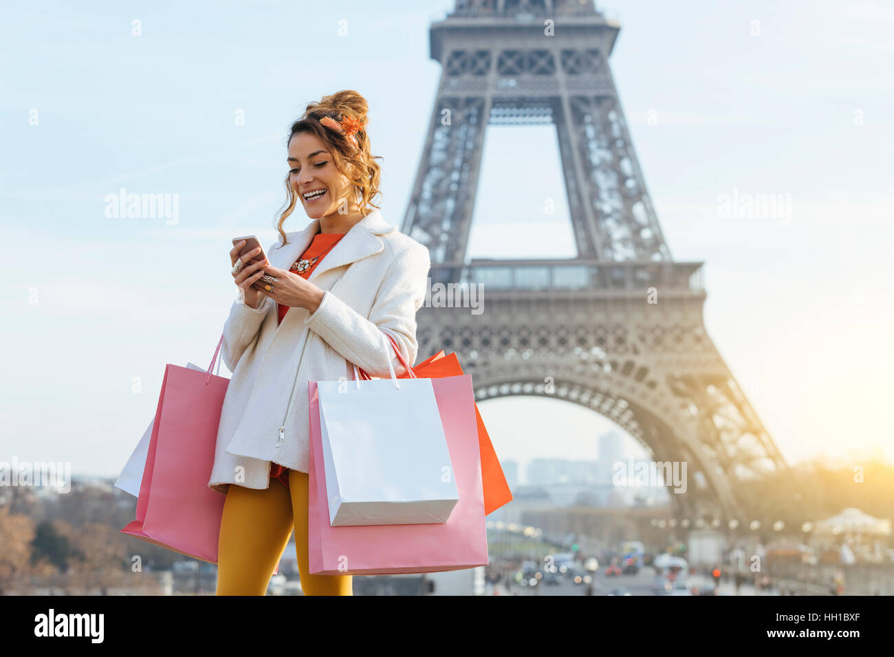 Woman doing shopping in Paris - Stock Image