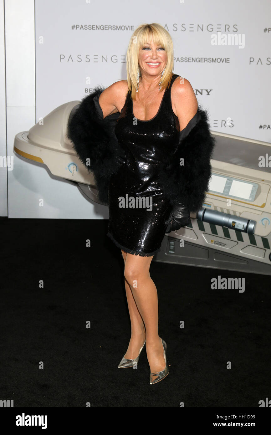 'Passengers' Premiere at the Village Theater - Arrivals  Featuring: Suzanne Somers Where: Westwood, California, - Stock Image