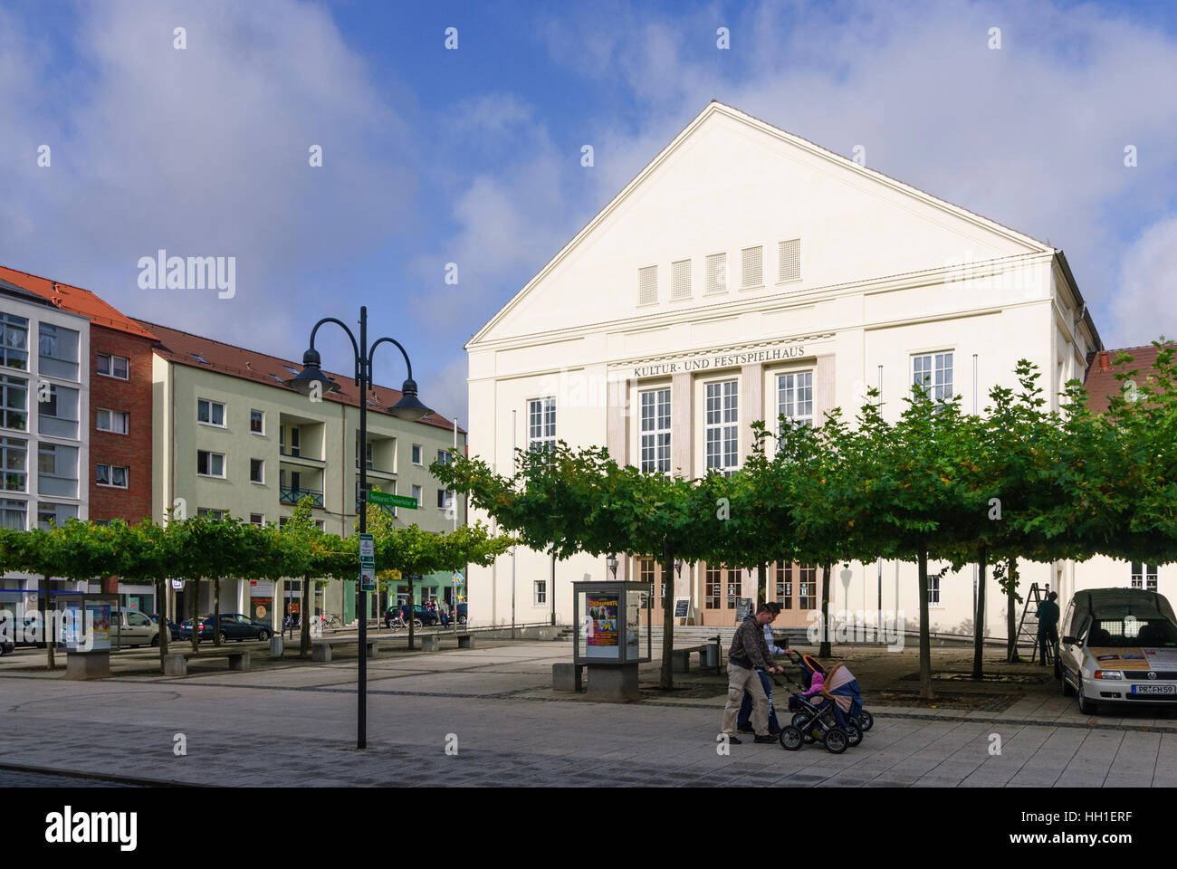 Wittenberge: Kultur- und Festspielhaus (culture and festival performance house), , Brandenburg, Germany - Stock Image