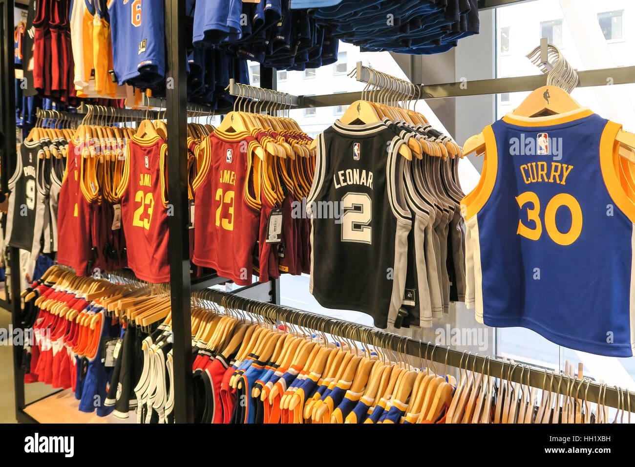 NBA Store on Fifth Avenue a9090501b7ce