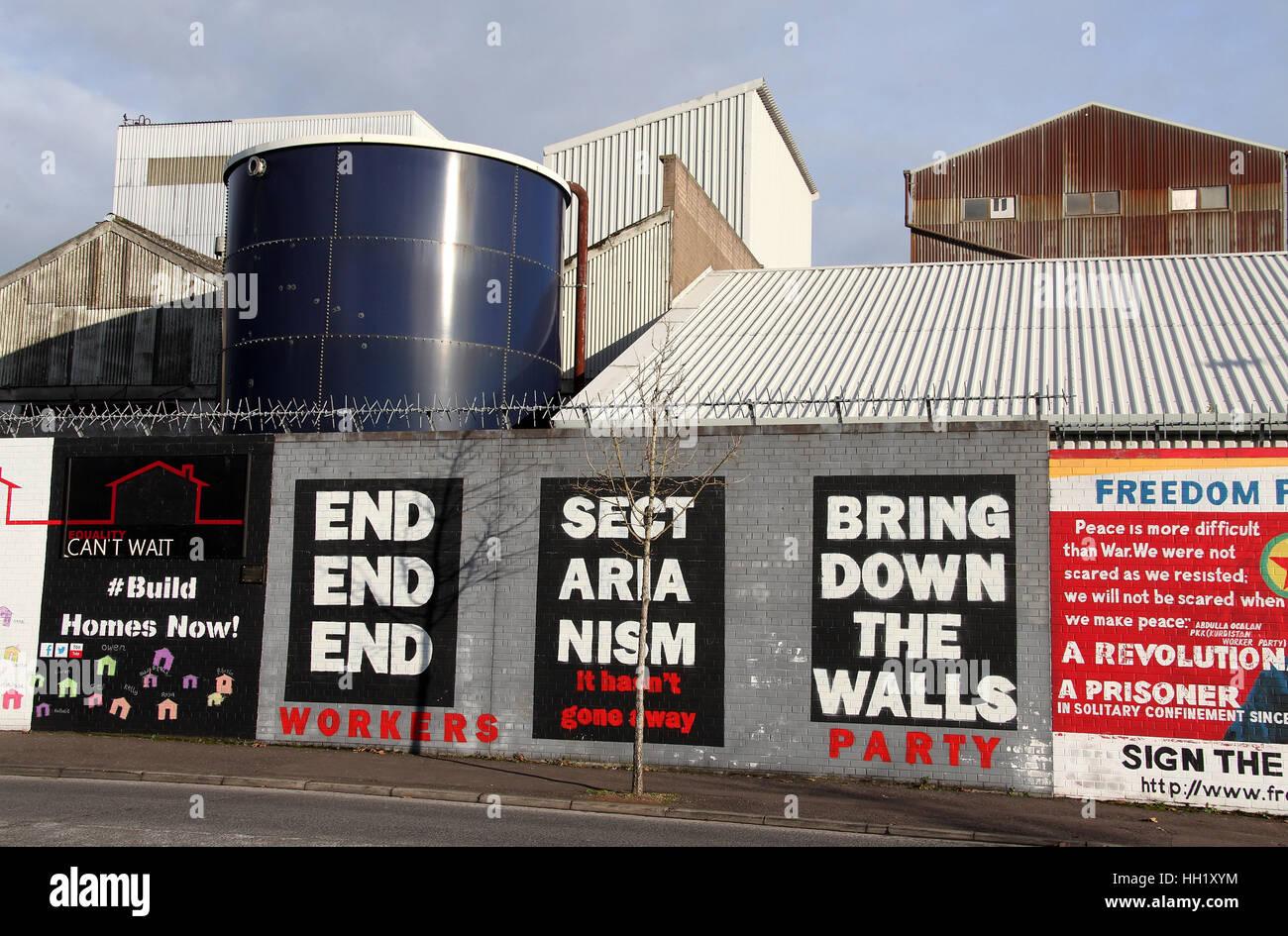 International Peace Wall in Belfast - Stock Image