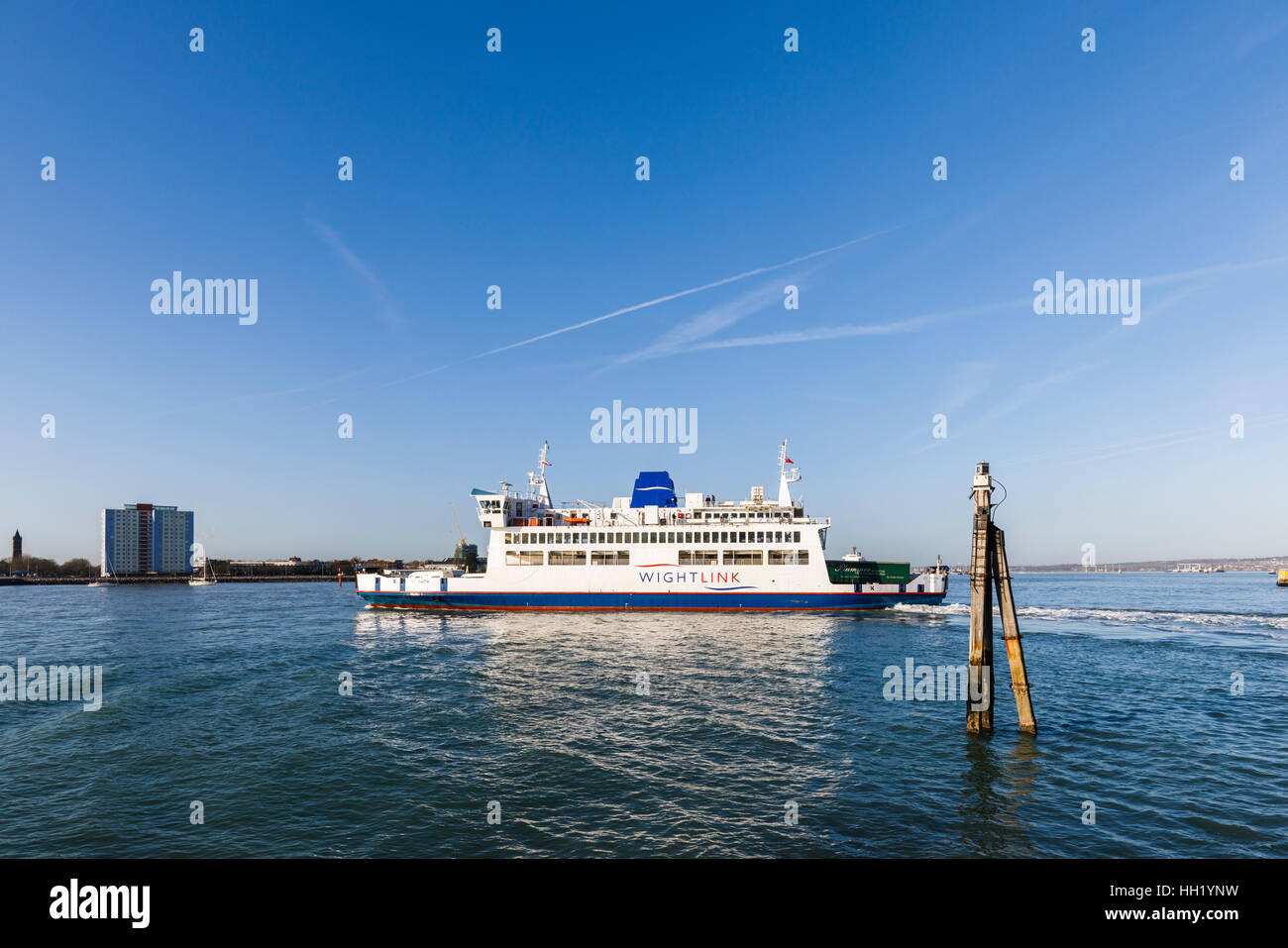 WhiteLink ferry underway from Portsmouth Harbour, Portsmouth, Hampshire, southern England on a sunny winter day - Stock Image