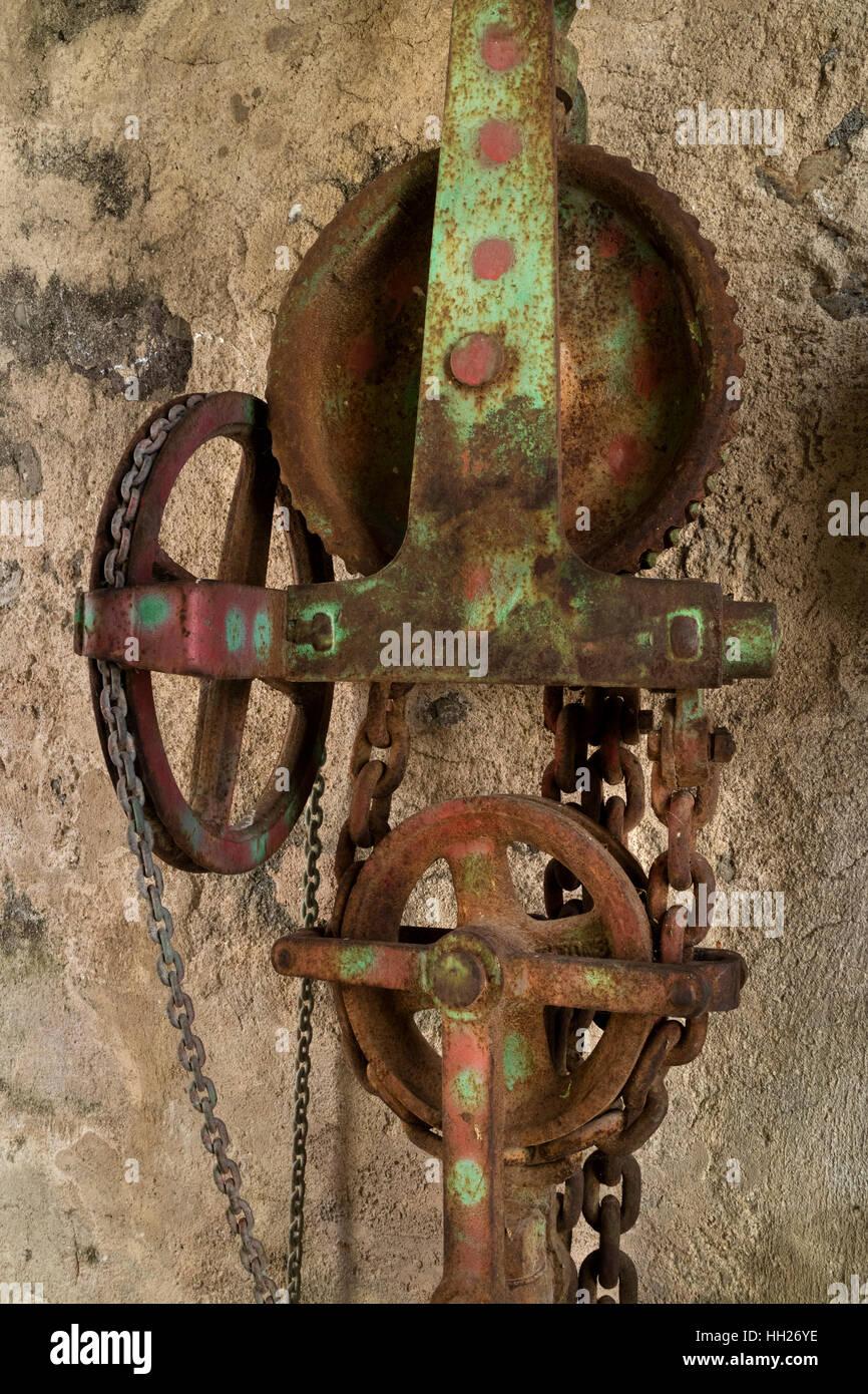 Abandoned old rusty machine - Stock Image