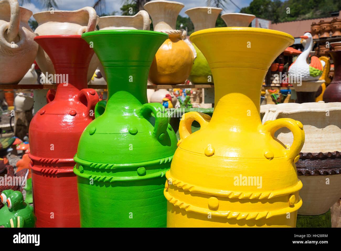 May 16, 2016 Honduras: closeup vases at roadside pottery vendor - Stock Image