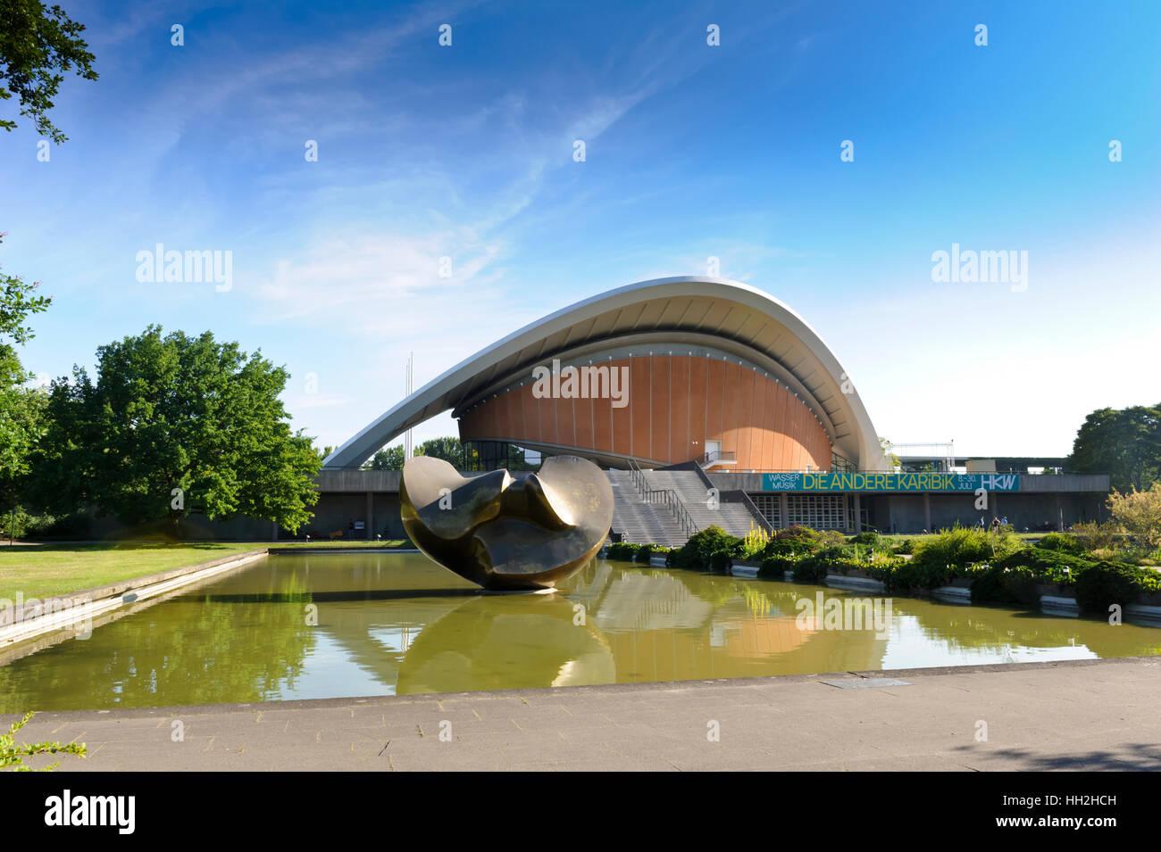 Haus der Kulturen der Welt, House of World Cultures, Berlin, Germany. - Stock Image