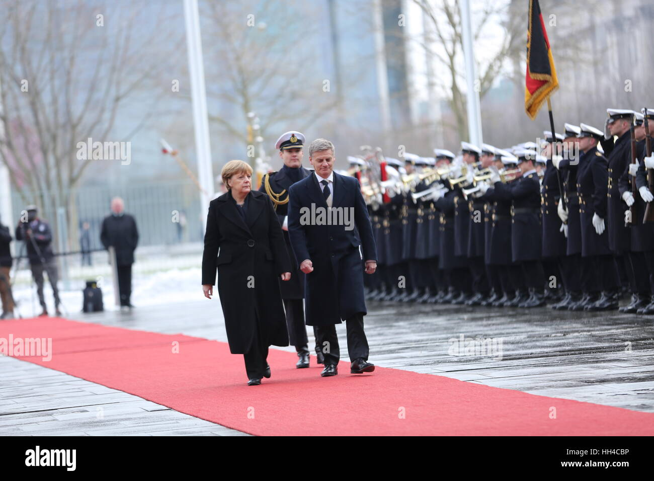 Berlin, Germany. 16th Jan, 2017. Federal Chancellor Angela Merkel and New Zealand prime minister Bill Englisch. - Stock Image