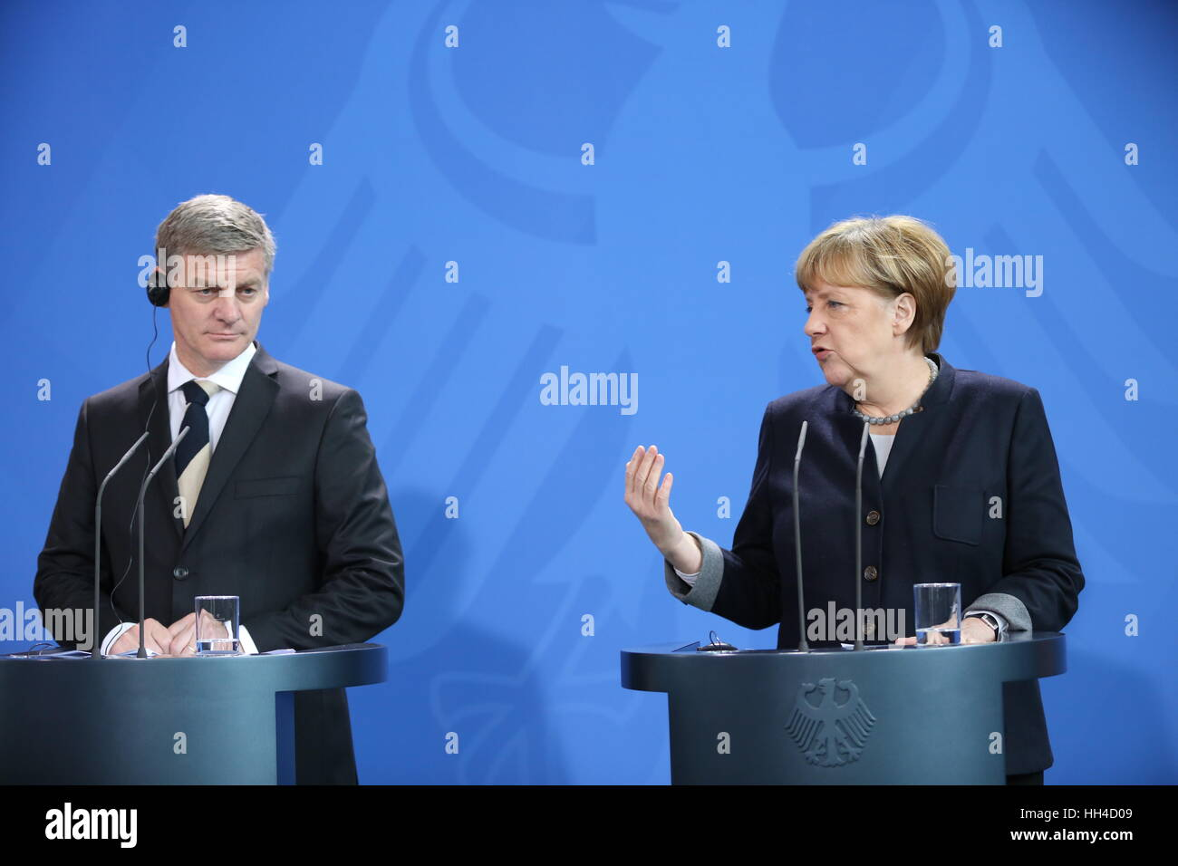Berlin, Germany. 16th Jan, 2017. The photo shows Chancellor Angela Merkel and the New Zealand Prime Minister Bill - Stock Image