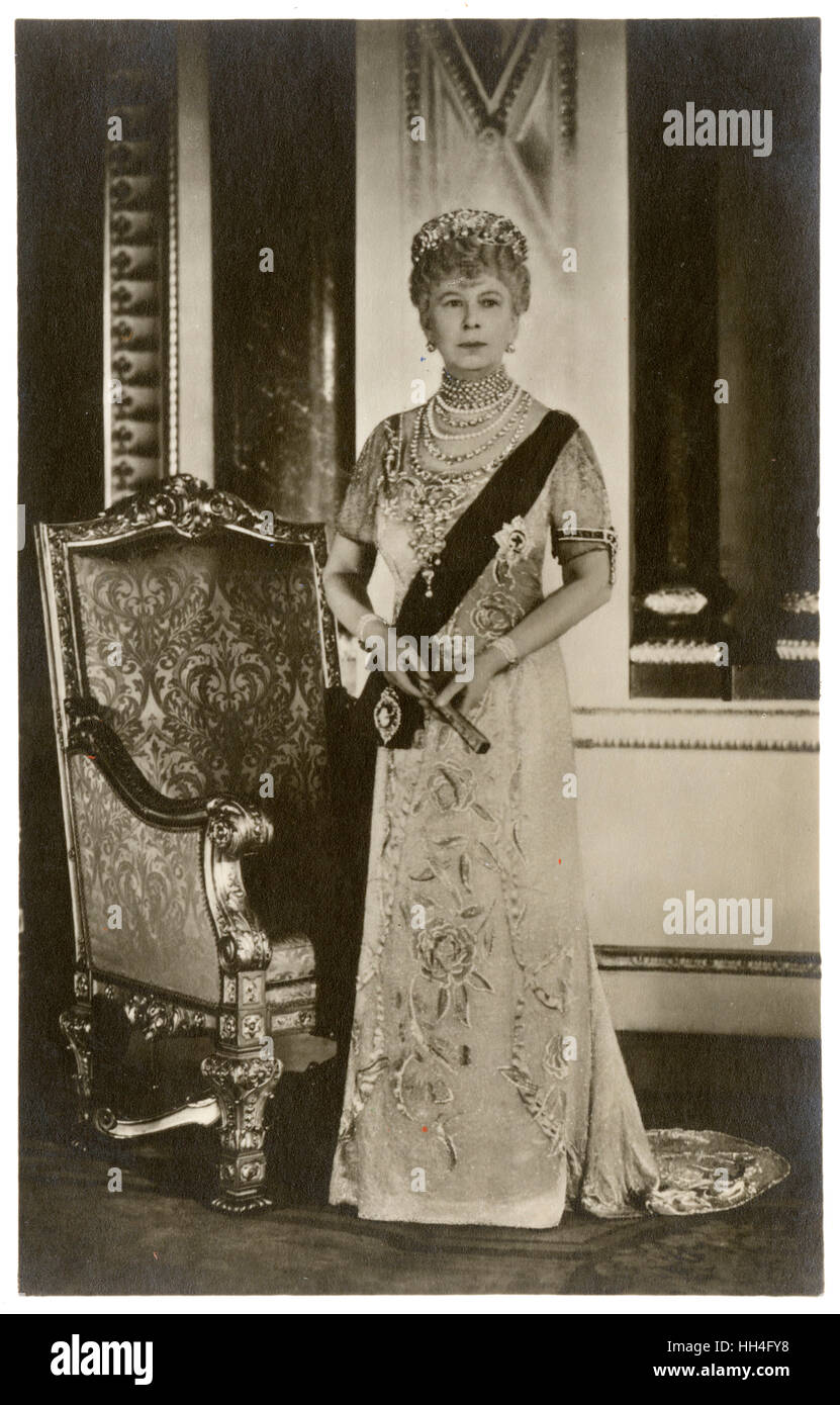 Official Silver Jubilee Portrait of Queen Mary (1867-1953) in 1935. - Stock Image
