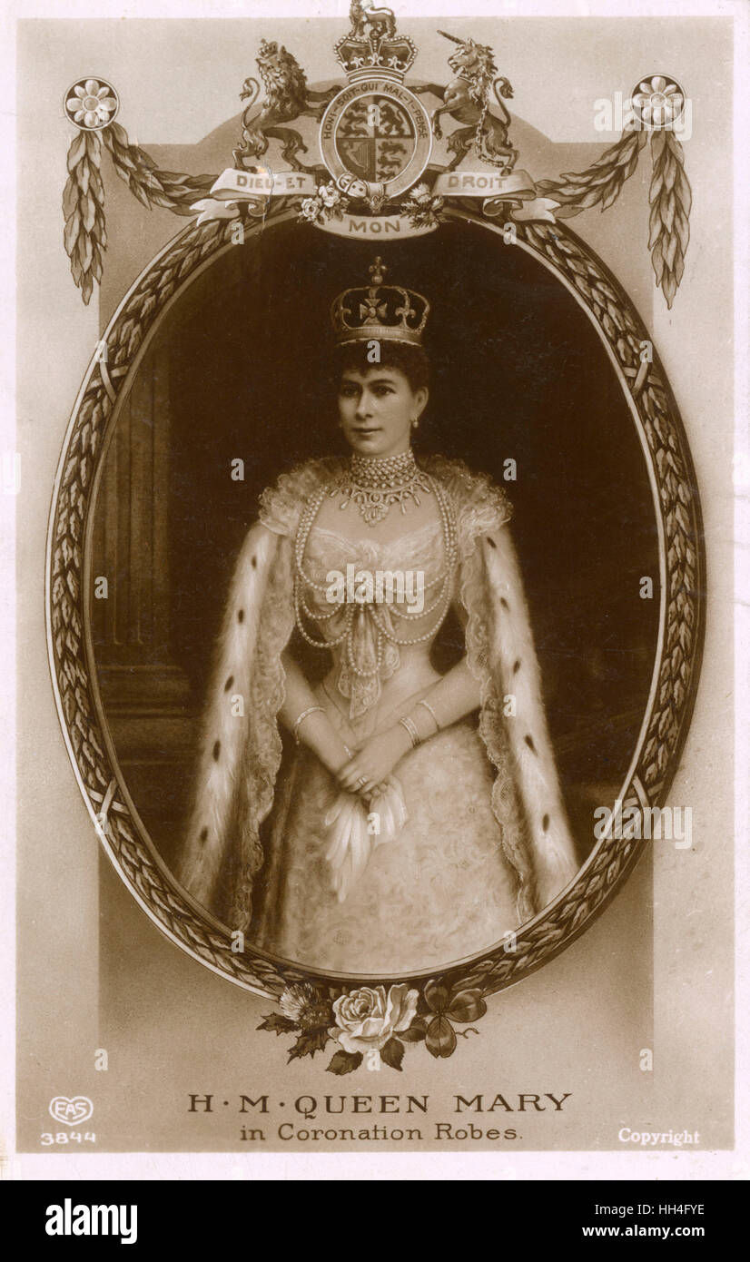 Queen Mary (1867-1953) in her coronation robes - 22nd June 1911 (2/2) - Stock Image