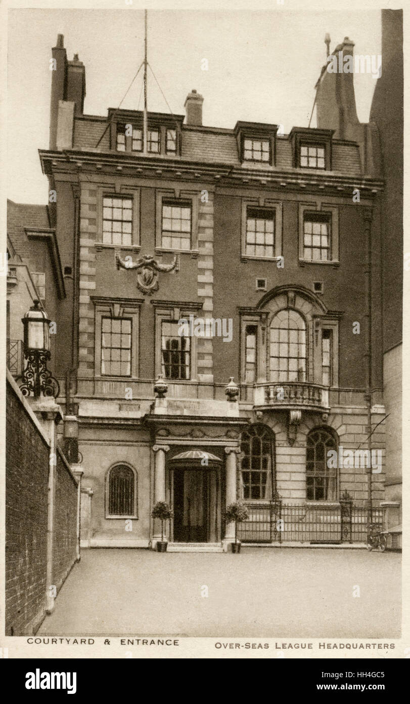 Royal Overseas League HQ - Courtyard and Entrance, London. - Stock Image