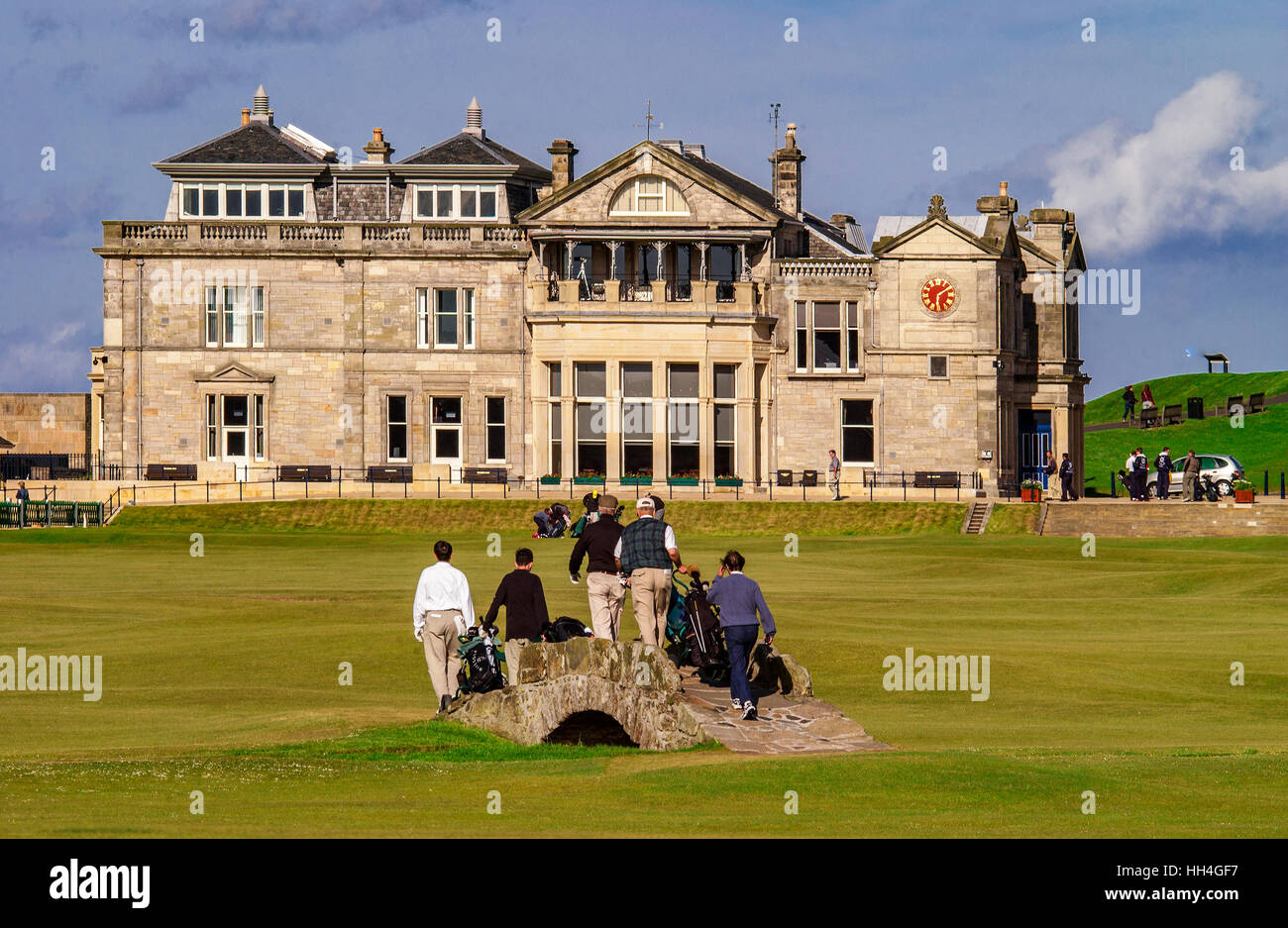 The 18th fairway and the Royal and Ancient clubhouse at St. Andrews golf course. Fife Scotland. 2003 The Swilken - Stock Image