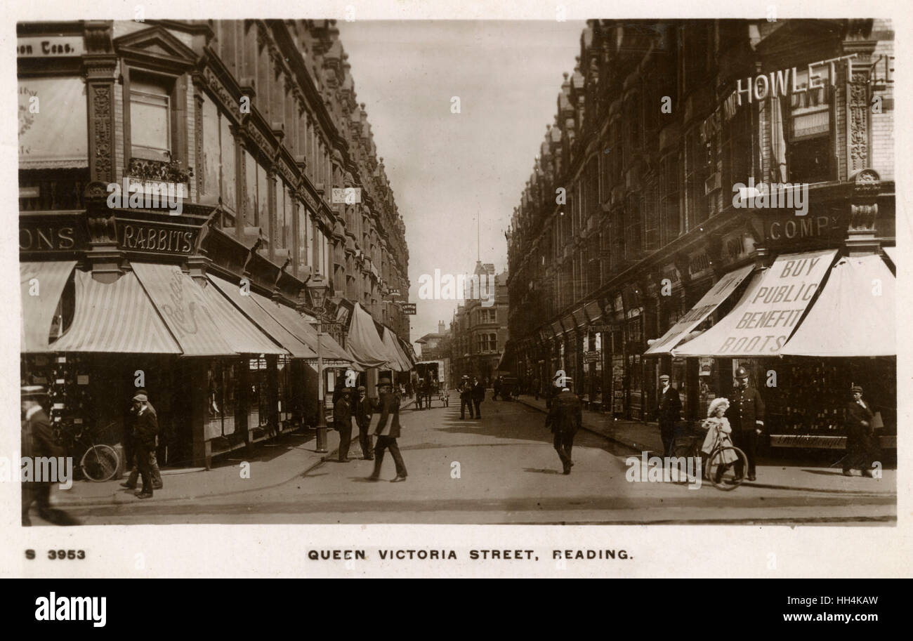 Reading, Royal County of Berkshire - Queen Victoria Street viewed from Broad Street. On the right is a store of - Stock Image