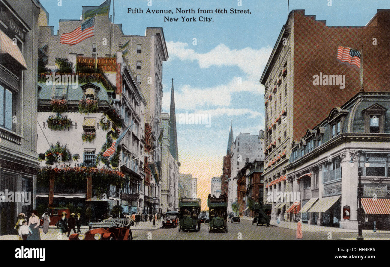 Fifth Avenue, north from 46th Street in 1913. The intersection is even then described as a congested business centre - Stock Image
