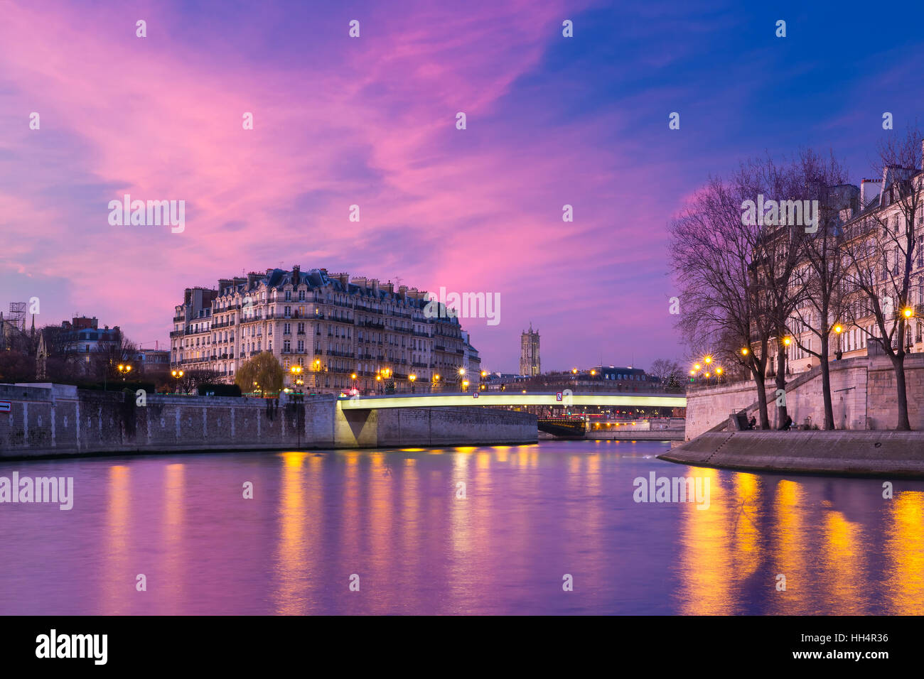 Ile de la Cite at sunset, Paris, France - Stock Image