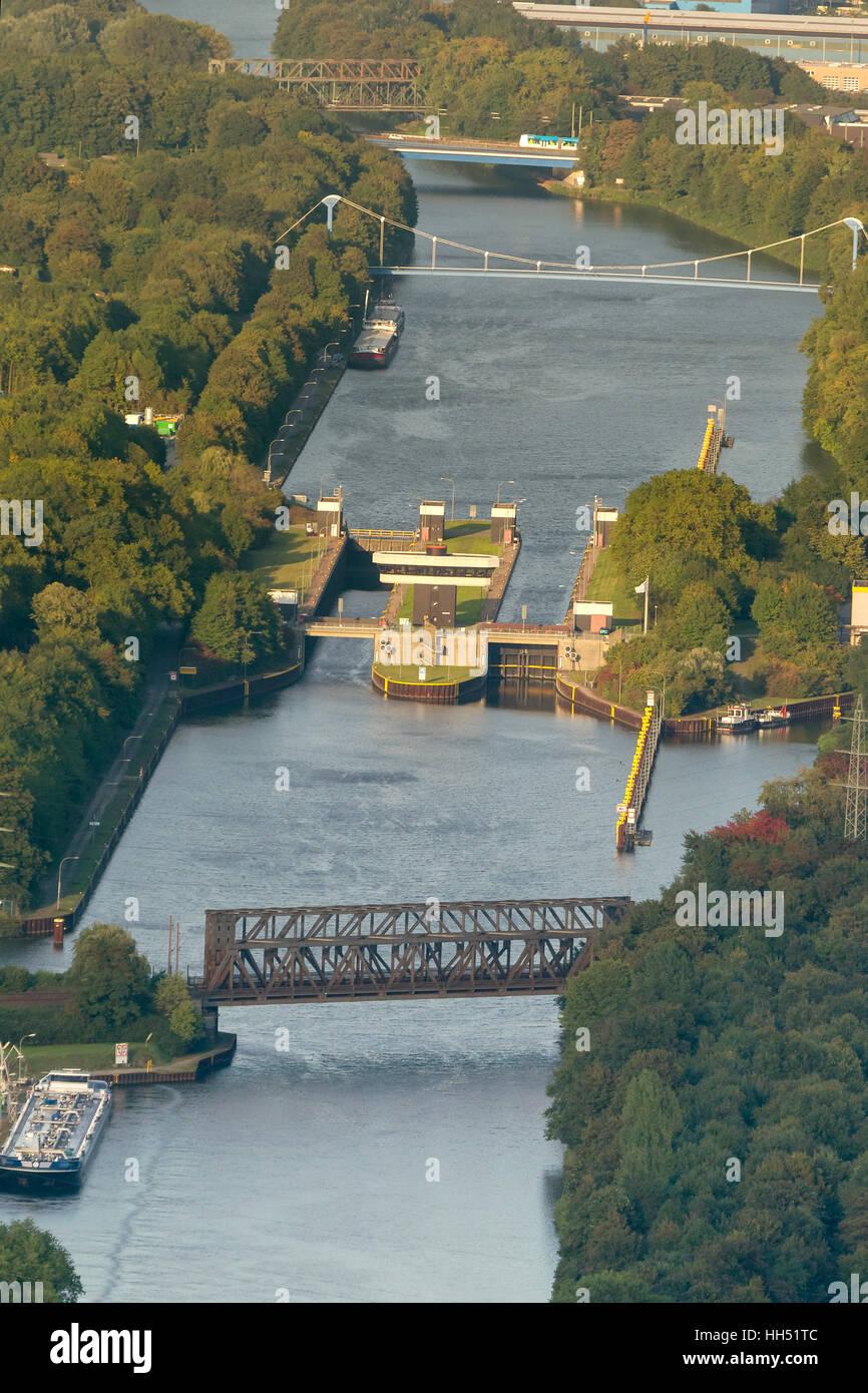 Rhine-Herne Canal sluice Gelsenkirchen, Ruhr area, North Rhine-Westphalia, Germany, Europe, birds-eyes view, aerial - Stock Image
