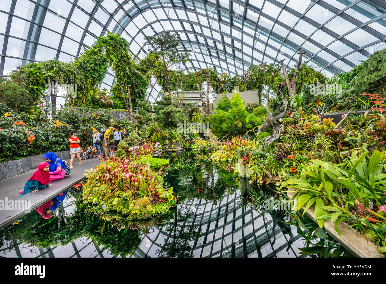 Singapore, Gardens by the Bay, Lost World Garden within the Cloud ...