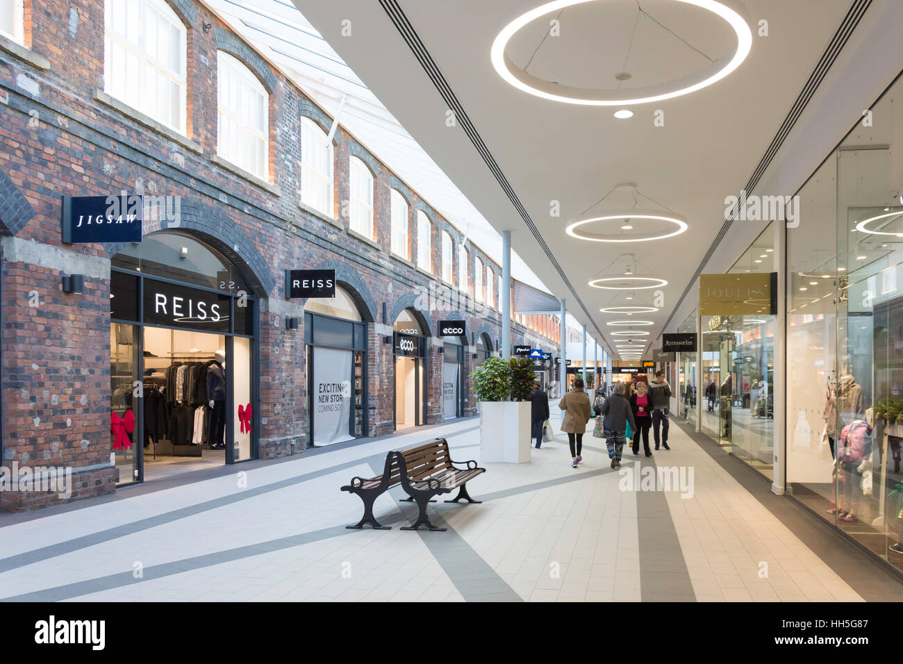 Swindon stock photos swindon stock images alamy for Design outlet