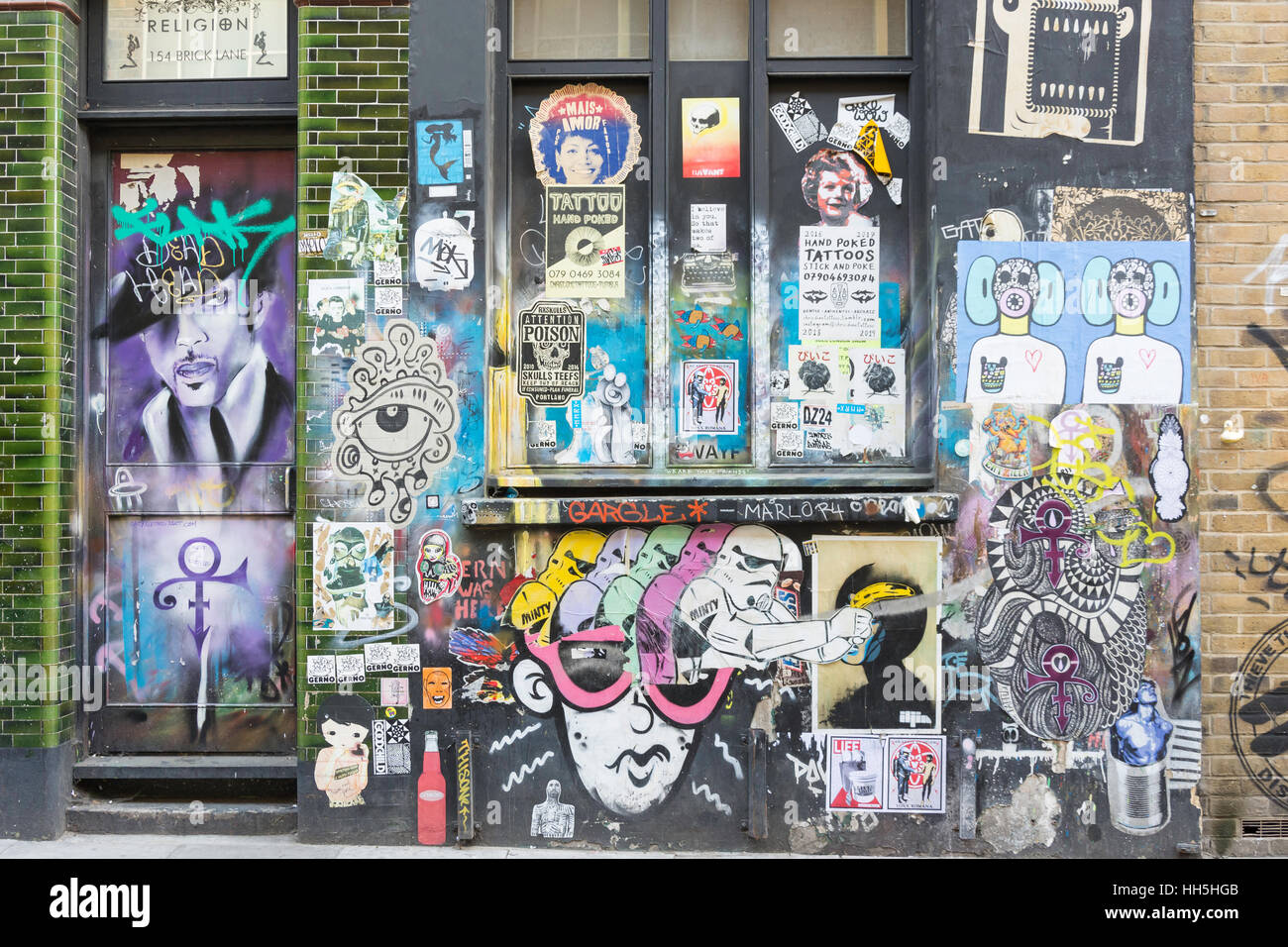 Wall murals in Hanbury Street, Spitalfields, London Borough of Tower Hamlets, Greater London, England, United Kingdom - Stock Image